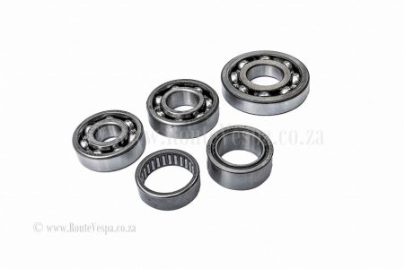 Engine bearing kit for Classic Vespa Bearings and Parts